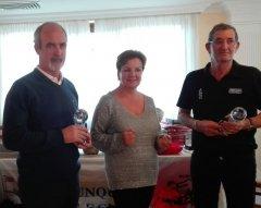 Miguel Bedia y Lino Rodríguez, vencedores del torneo de Navidad Seniors y Damas, torneo Restaurante Labu