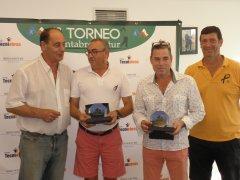 Dámaso Vicente con Jesús Riva y Andrea Noriega con Hugo Sañudo, vencedores del torneo Astur-Cántabro de Golf ASEPYME-TECNIOBRAS