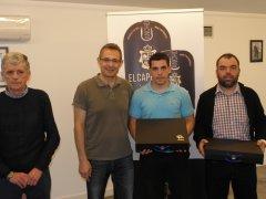 La pareja formada por Adrián Herrero y por Carlos García, vencedores del torneo Anchoas el Capricho